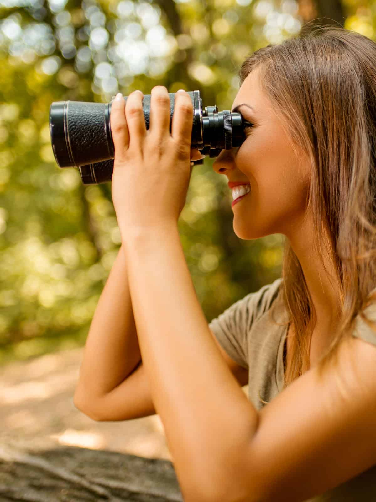 Best premium binoculars under $500